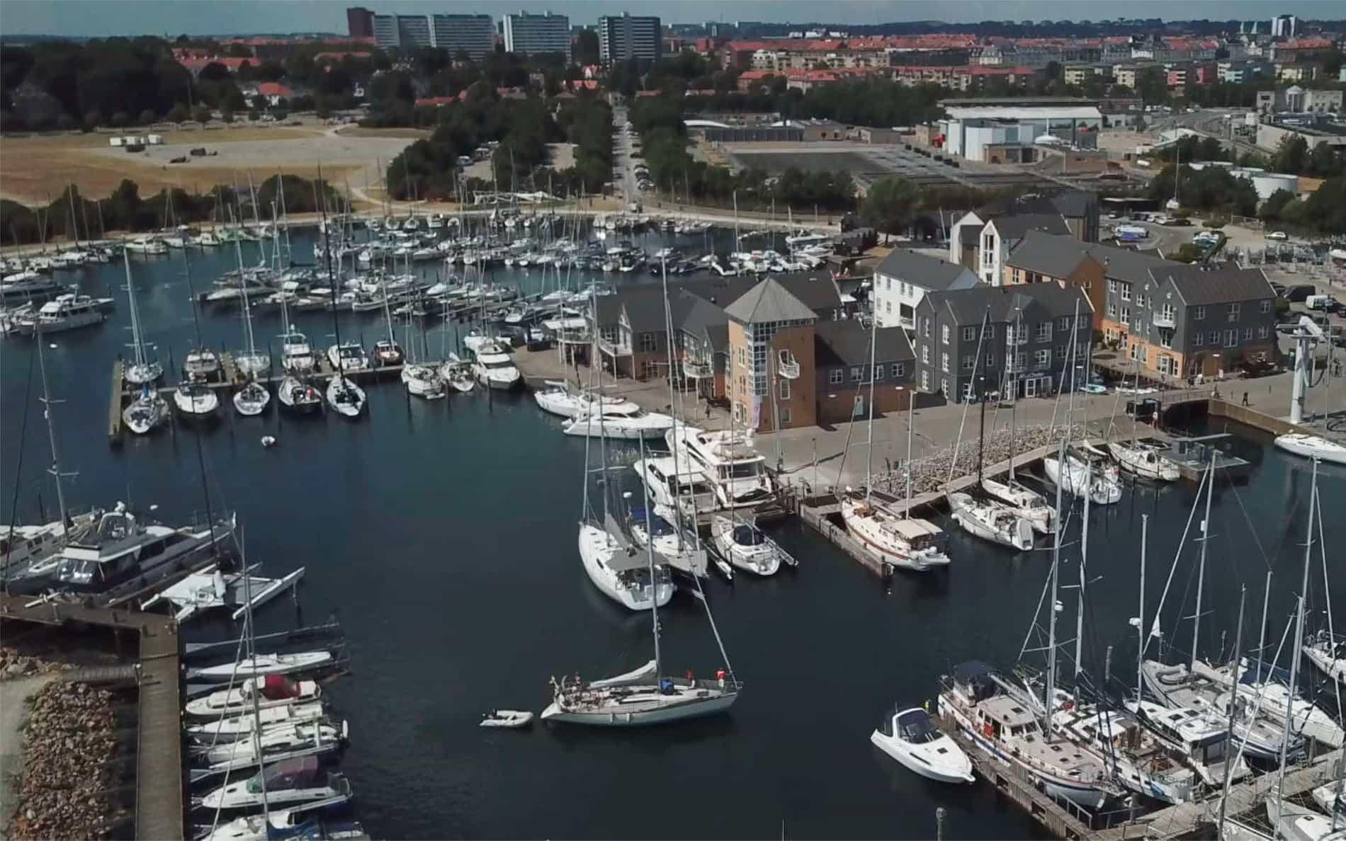 Marselisborg Lystbådehavn set fra luften